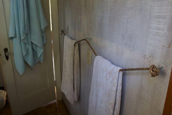 14 rangements astucieux pour votre salle de bain for Rangement serviette