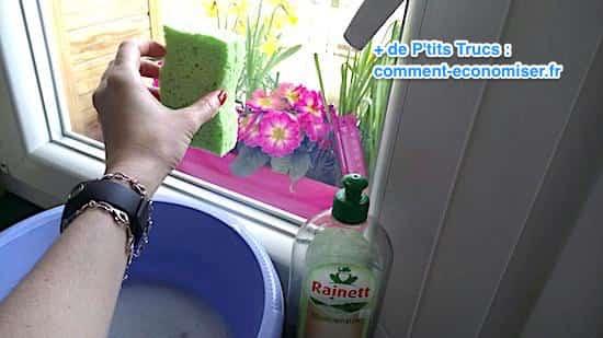 31 utilisations tonnantes du liquide vaisselle ne ratez pas la n 25 - Comment laver ses carreaux sans traces ...