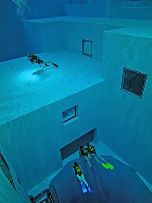 D couvrez la piscine la plus profonde du monde for Chlore dans la piscine