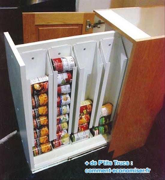 Astuce rangement cuisine gain de place dans la petite - Boites de rangement cuisine ...
