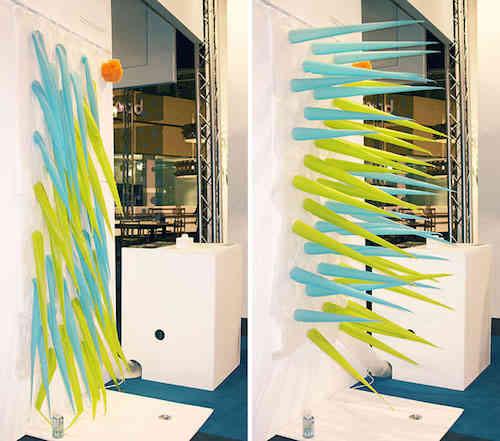 le rideau de douche qui vous chasse de la douche apr s 4 min. Black Bedroom Furniture Sets. Home Design Ideas