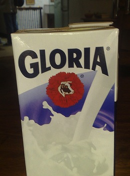 Lait Gloria en brique