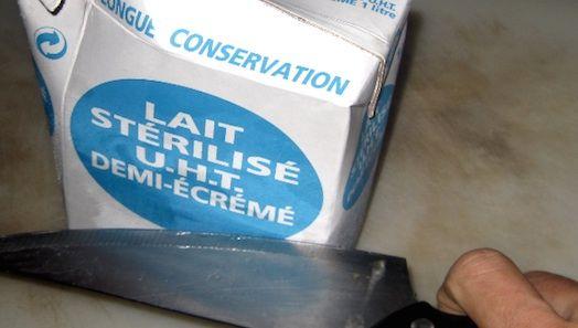 """"""" Trucs et Astuces en tout genre """" Maria-Lys Consommer-du-lait-perime"""