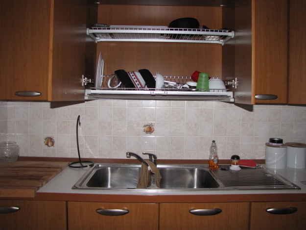 29 astuces pour rendre la vaisselle plus facile. Black Bedroom Furniture Sets. Home Design Ideas