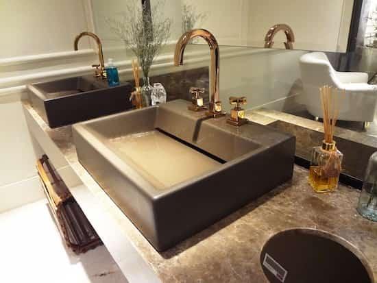 6 astuces pour liminer les mauvaises odeurs apr s la. Black Bedroom Furniture Sets. Home Design Ideas